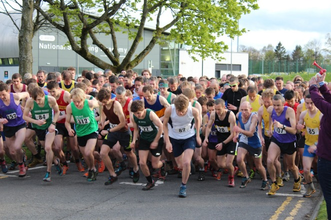 Dumyat hill race start - Picture credit Stirling University